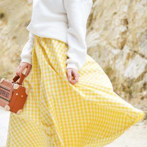 Dailywash, le service de retouche pour ourlet à la main sur votre jupe doublée à Aix-en-Provence