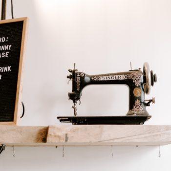Profitez d'un service de retouche livré au bureau à Aix-en-Provence grâce à Dailywash